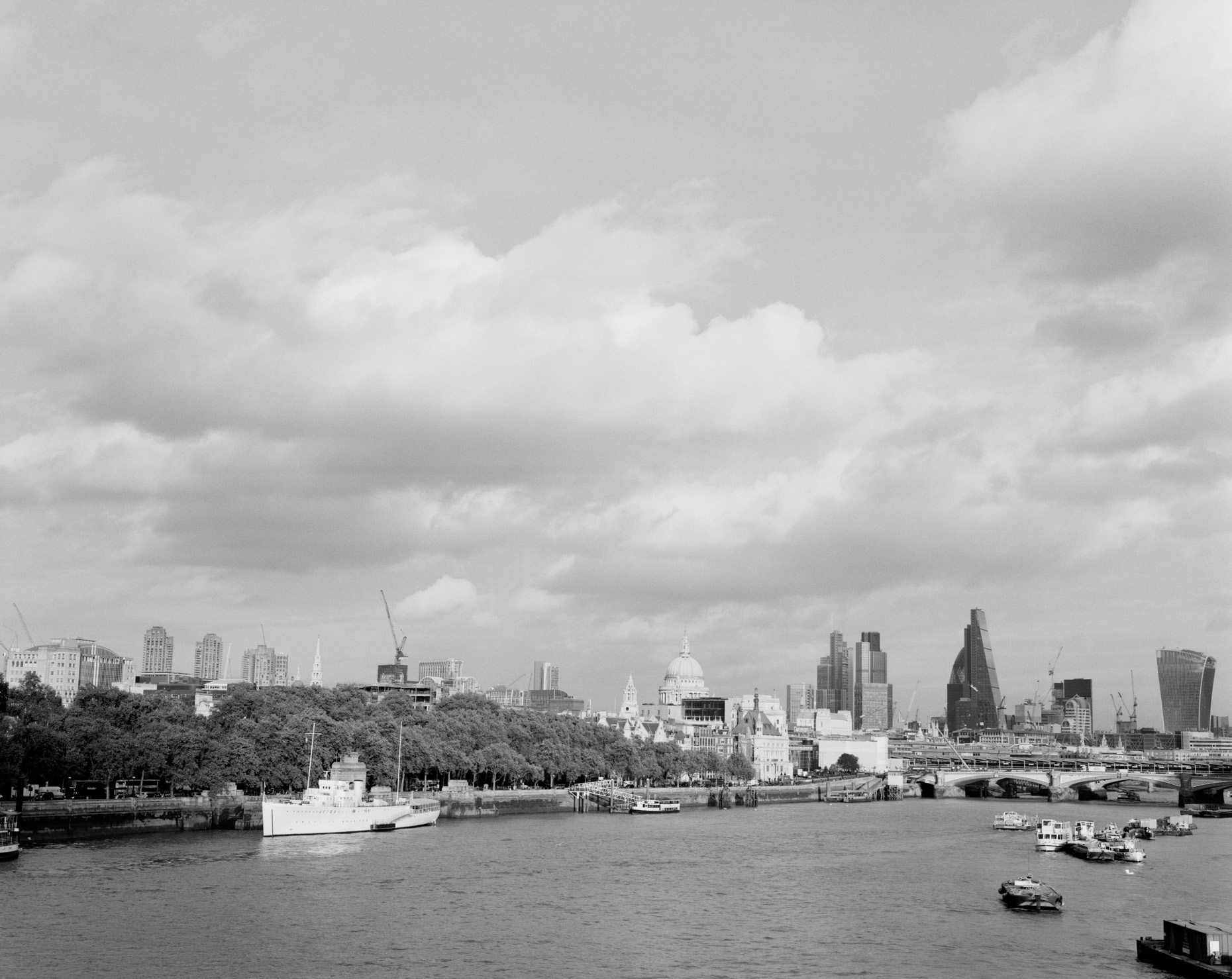 Axel Bernstorff, Collectable limited edition fine photographic art prints. River Thames II, from Waterloo Bridge, towards HQS Wellington, Saint Pauls Cathedral and The City, London, England.