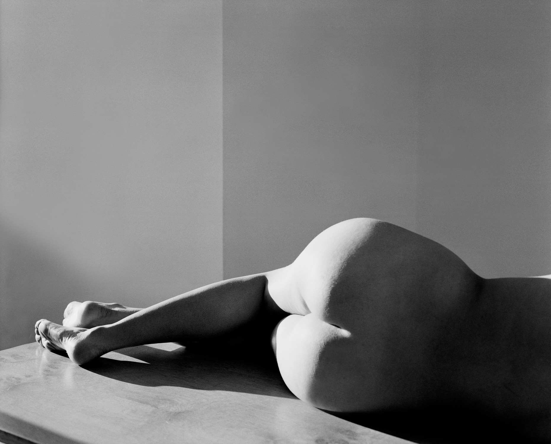 Axel Bernstorff, Collectable limited edition prints. Nude. Naked form. Sensuality. Beauty.
