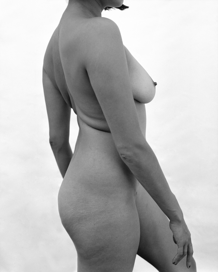 Axel Bernstorff, Collectable limited edition prints. Nude. Naked form. Sensual. Beauty. Allure.